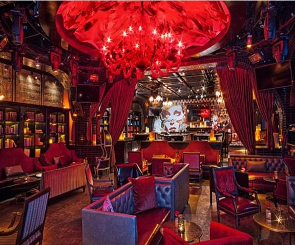 club one casino happy hour