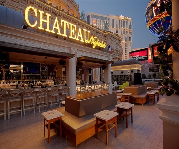 Join The Happy Hour At Chateau Nightclub Amp Gardens In Las