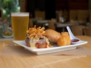 Umami Burger, Beer Garden and Sports Book