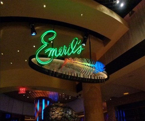 Join the happy hour at emeril 39 s new orleans fish house in for New orleans fish house