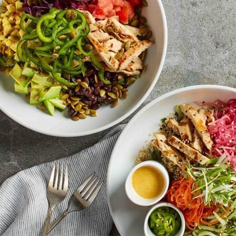 Join The Happy Hour At California Pizza Kitchen Town Square