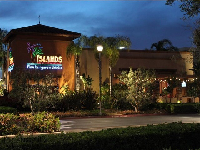 Join The Happy Hour At Islands Fine Burgers Drinks In Las