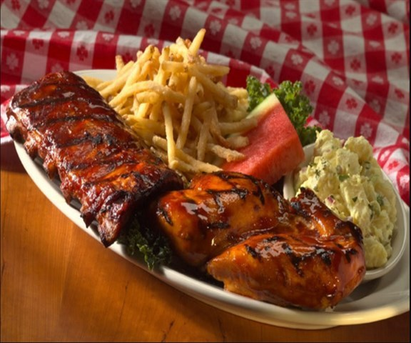 Join the Happy Hour at Lucille's Smokehouse Bar-B-Que in Las Vegas, NV 89052
